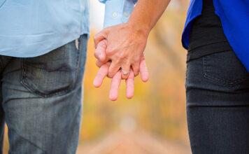 Pierścionek zaręczynowy - jak wybrać ten odpowiedni